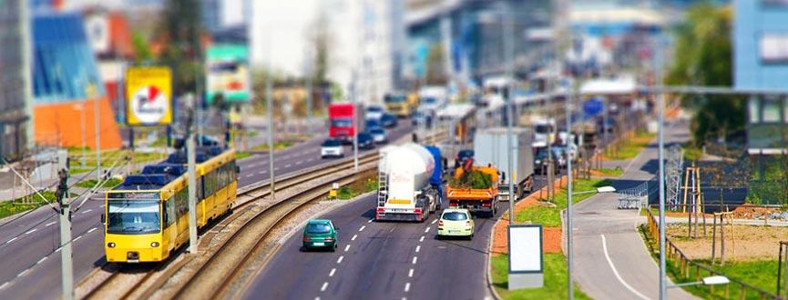Das Bayerische Landesamt für Umwelt hat die Ergebnisse der Lärmkartierung an 7.200 Kilometern Hauptverkehrsstraßen, in Ballungsräumen und an den Flughäfen München und Nürnberg veröffentlicht.